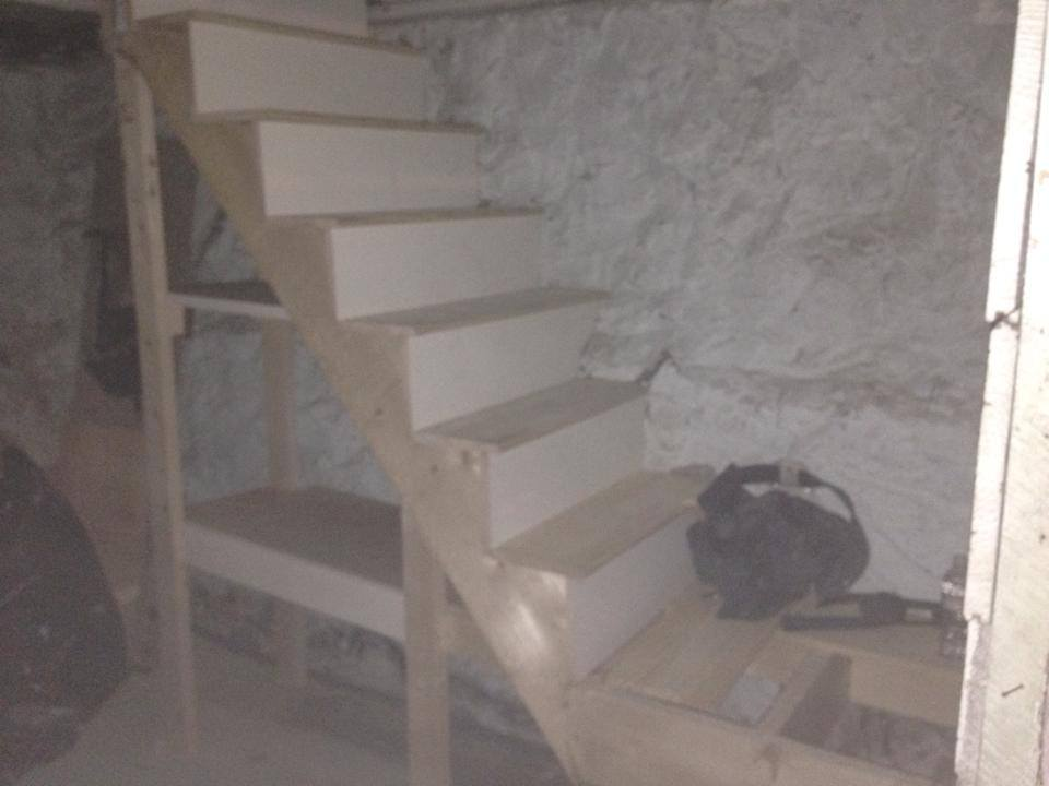 basement steps 4