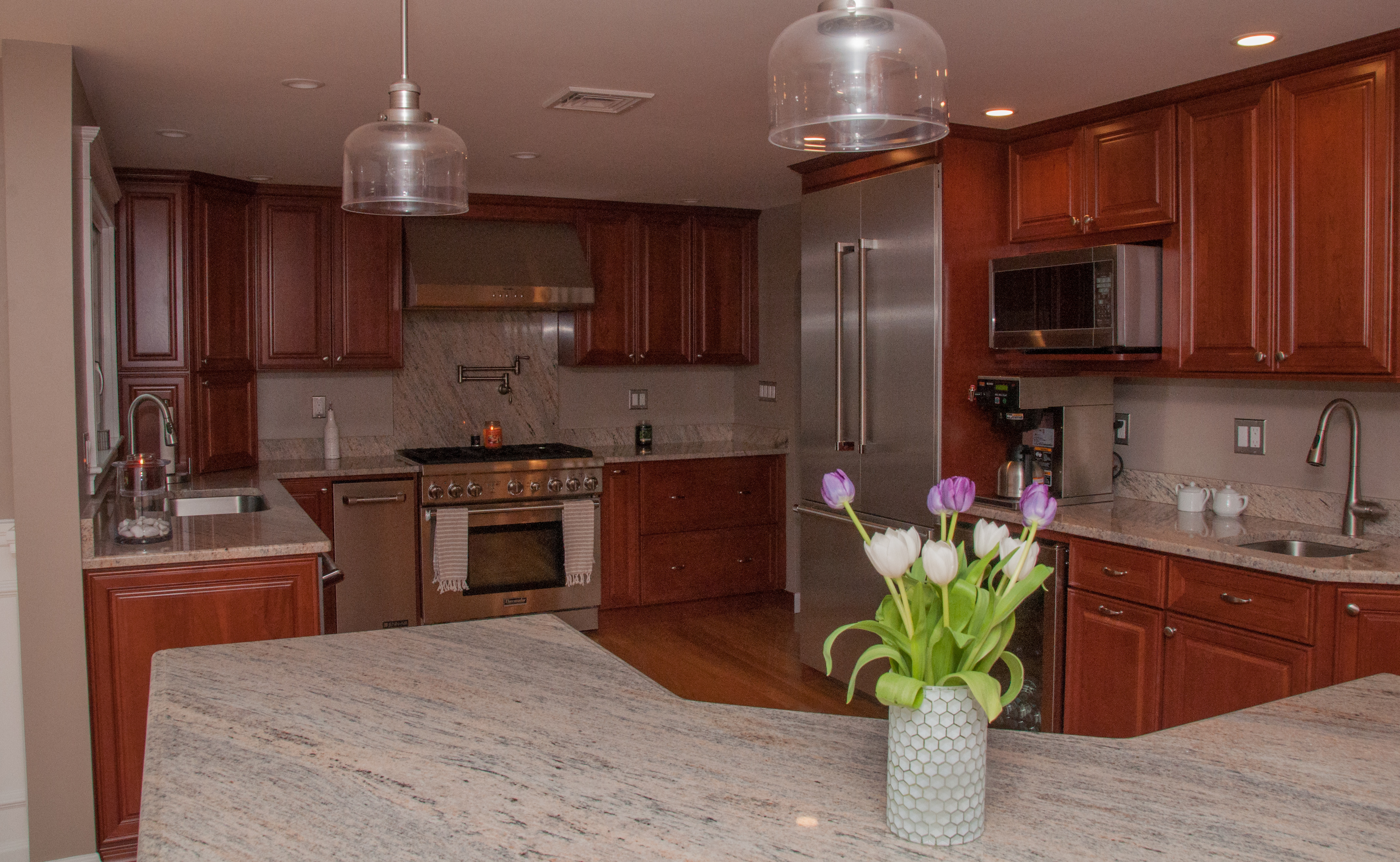Open vs. Closed Kitchen Styles – Which Is Better for you?
