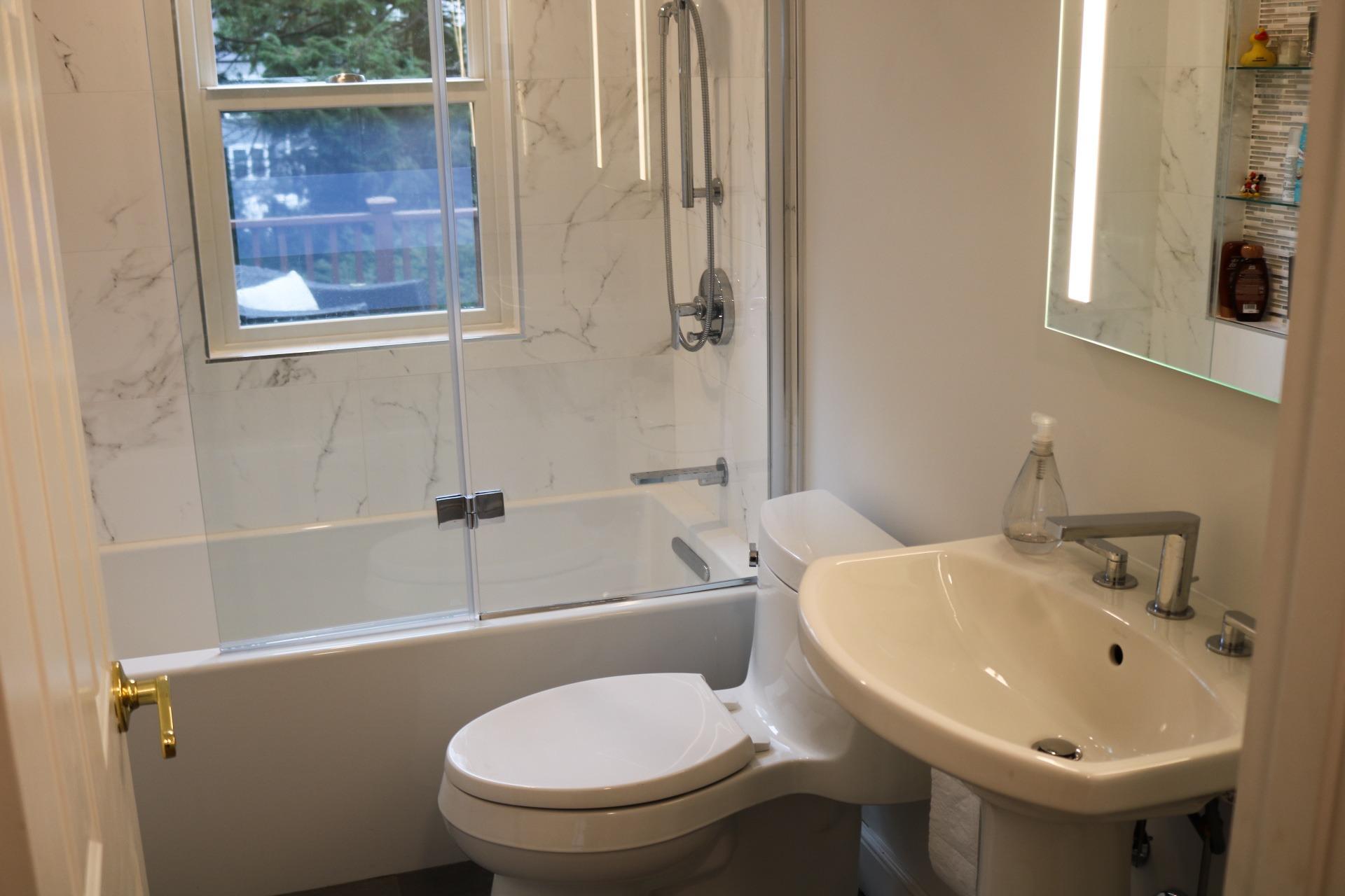 Modern Bath Remodels